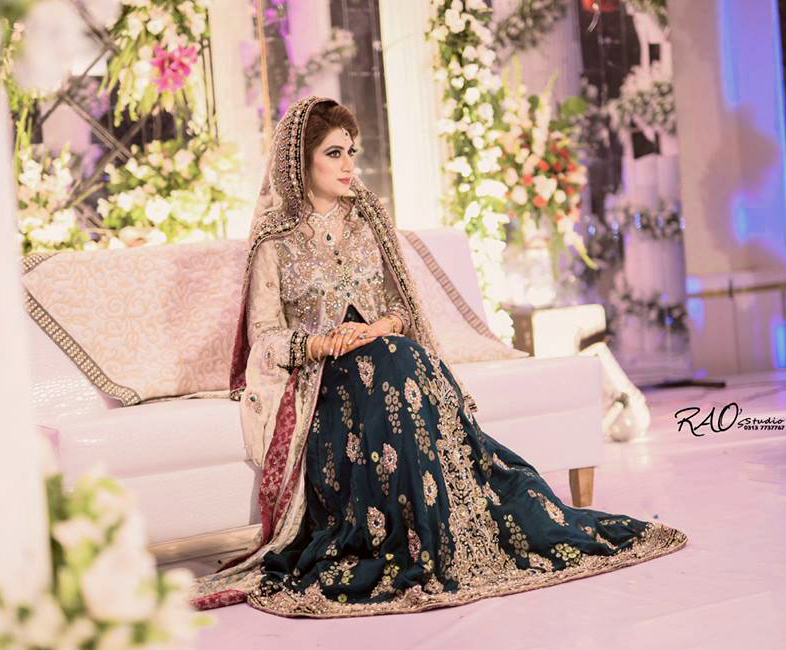 Beautiful Pakistani bridal embroidery Mehndi Dresses 2018