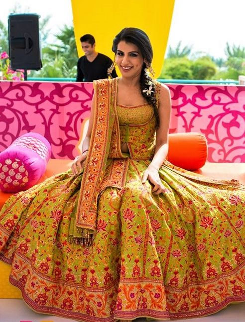 Asian Wedding Mehndi Dresses casual lehnga