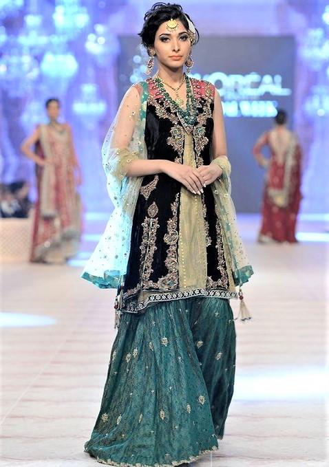 Best Pakistani Bridal Sharara Collection Mehndi Dresses Styles