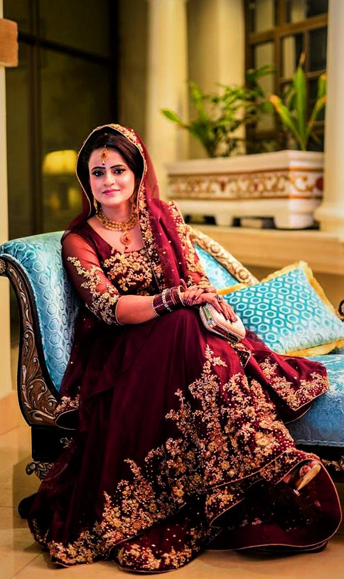 Golden dabki work Pakistani Bridal Mehndi Dresses Designs
