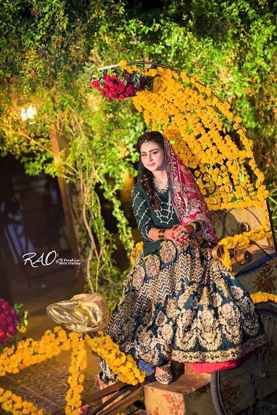 bridal mehndi dresses latest