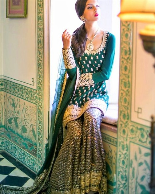 Pakistani Mehndi Dresses for Girls Designs