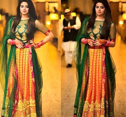 latest Mehndi wear styles for Girls