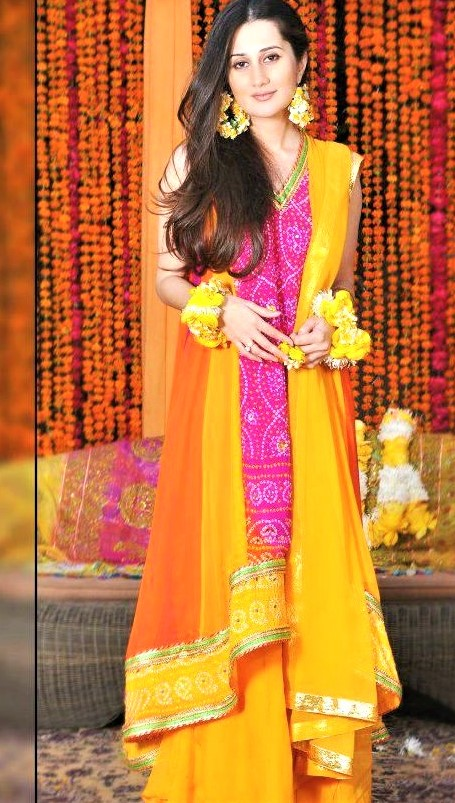 Gota kinari yellow Pink Mehndi Dresses