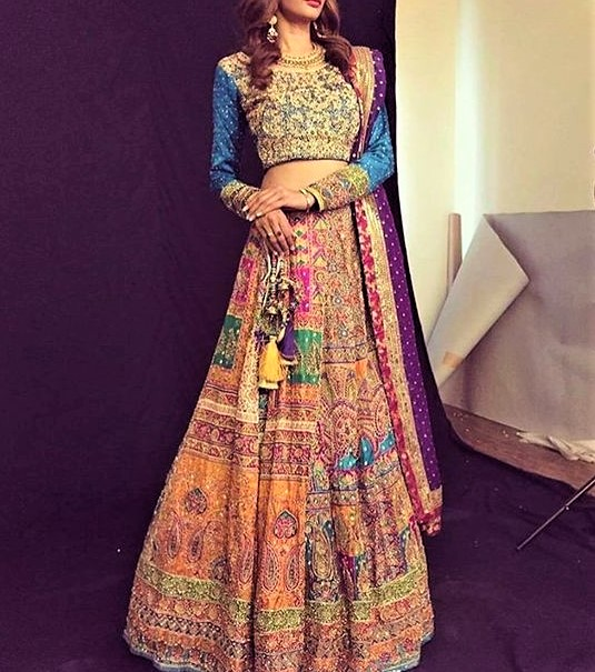 Latest Beautiful Maria B Mehndi Dresses designs