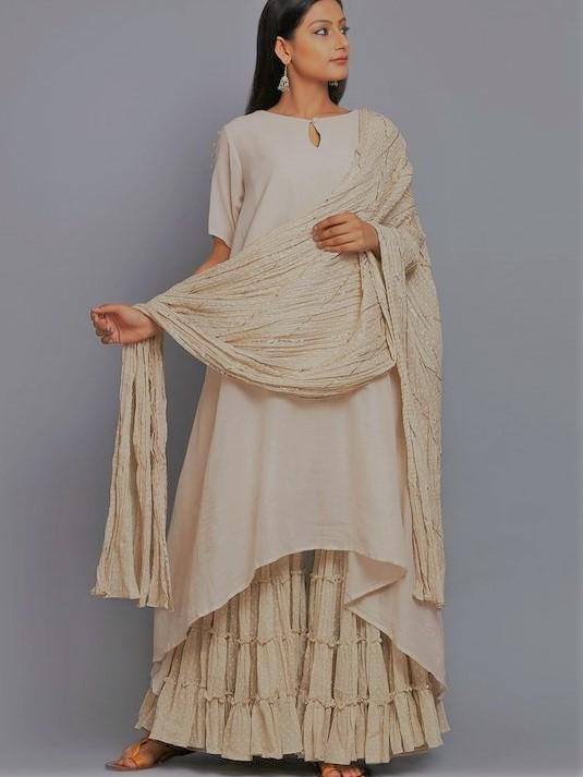 latest angrakha style dresses for mehndi