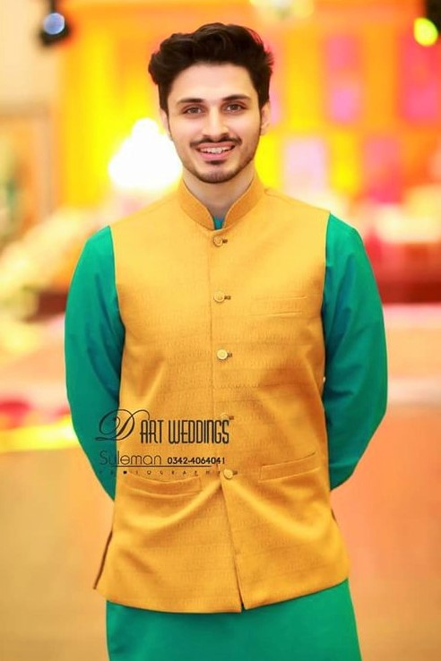 Plain kurta style Mehndi Dresses for Boys