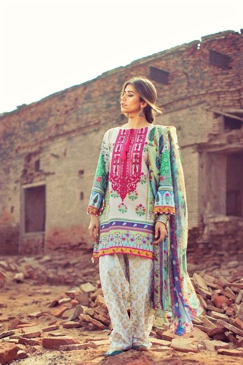 Printed lawn wear Mehndi dresses for Girls