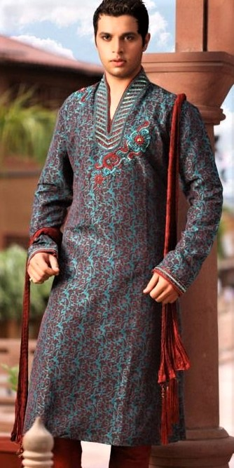 printed long Mehndi Dresses for Boys
