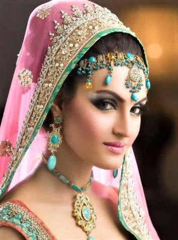 bestBridal Mehndi Dresses and Makeup Styles