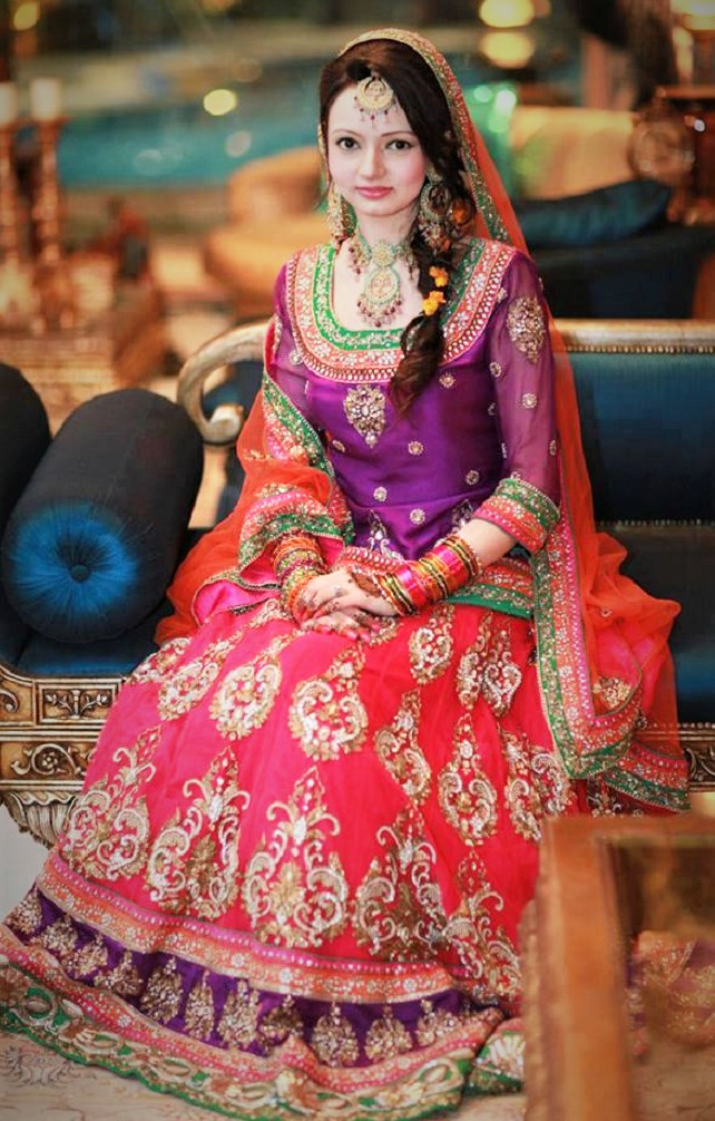 Brides Wedding Mehndi Dresses Pakistani Designers 2018,2019