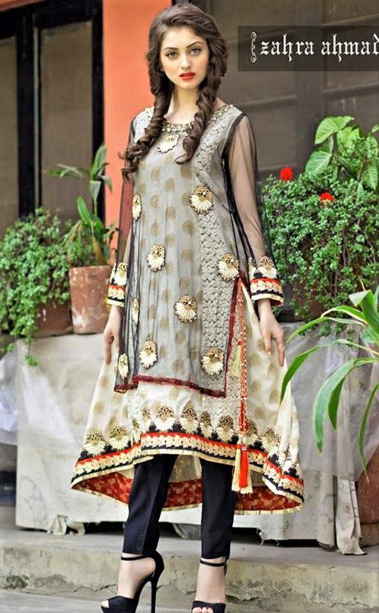 best Casual Mehndi Dressses Pakistani Designs