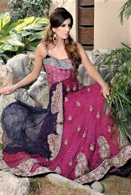 Embroidery Mehndi Dresses by Erum Khan