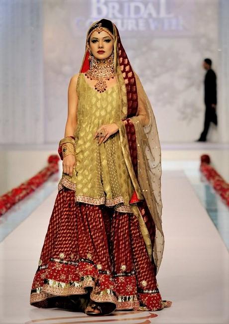 Brides Wedding Mehndi Dresses Pakistani Designers 2018 2019 Mehndi