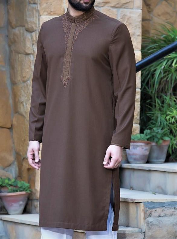 new style embroidery kurta Junaid Jamshed Mehndi Dresses
