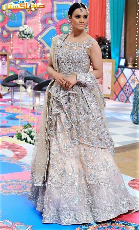 Erum khan bridal mehndi dresses