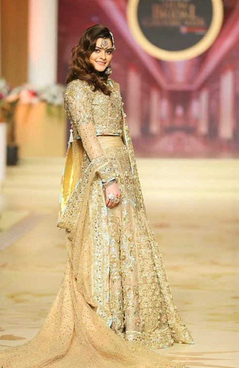 Nomi Ansari mehndi dresses pantene bridal couture week