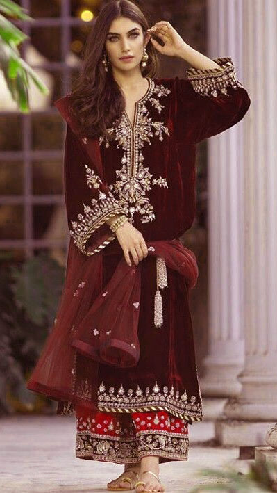 beautiful Mehndi Dresses Simple Salwar Kameez