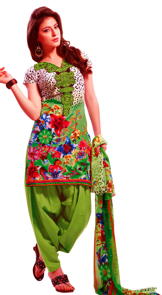 Mehndi Dresses Simple Salwar Kameez suit for girls