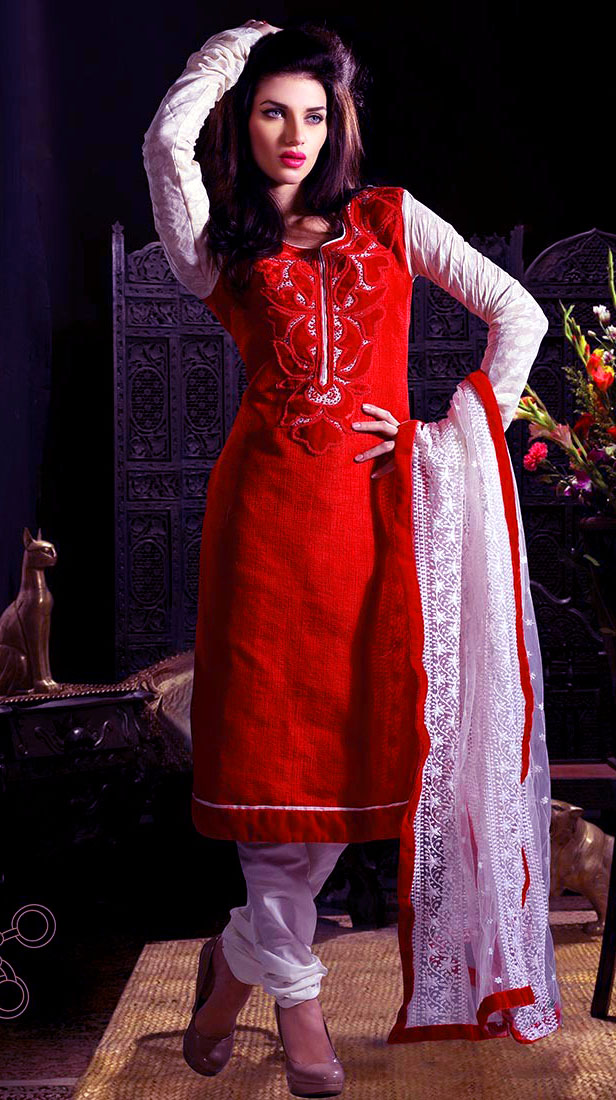 Pakistani girls Salwar Kameez
