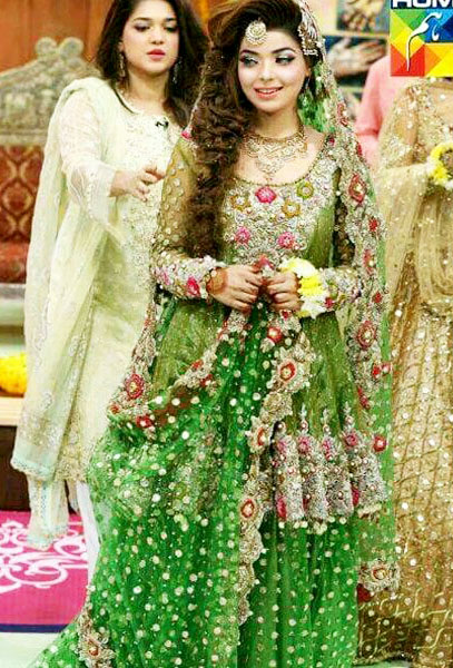 Kashee's Boutique Mehndi Dresses Designs for brides