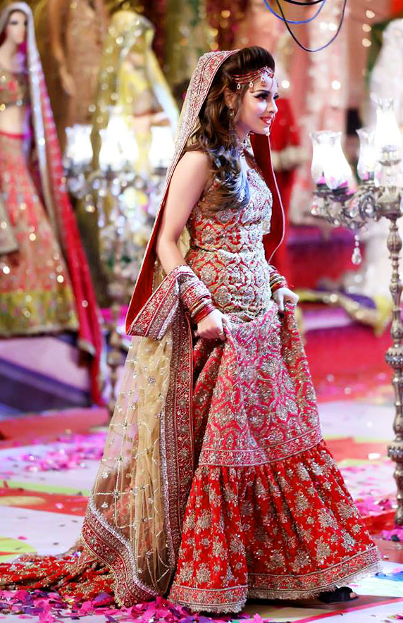 Kashee's Boutique Bridal Mehndi Dresses Designs collection