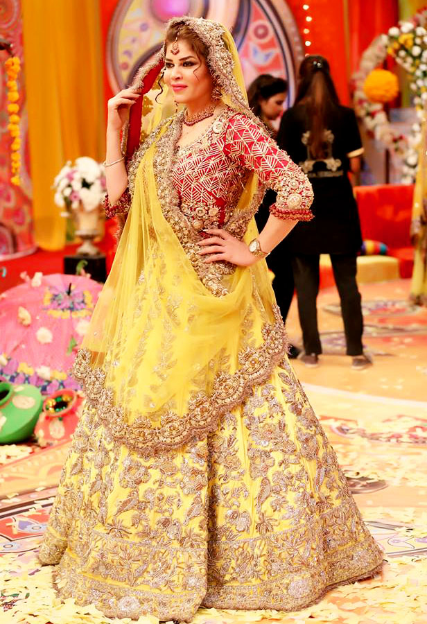 ff6421120441 Kashee's Boutique Bridal Mehndi Dresses Designs » Mehndi Dresses ...