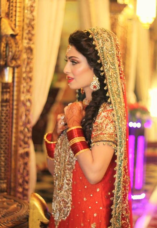 Ayeza Khang wedding Mehndi Dresses