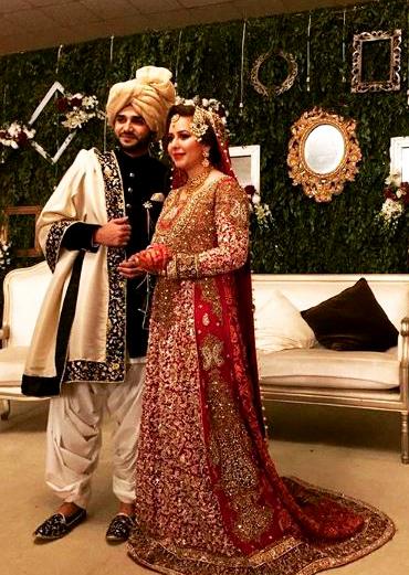 Rabia Anum Pakistani Celebrities Mehndi Dresses