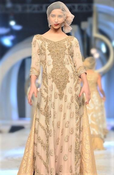 Pakistani designer Mehndi Dresses