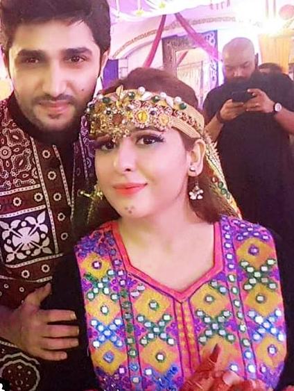 Rabia Anum Pakistani Celebrities Mehndi Dresses in Sindhi style