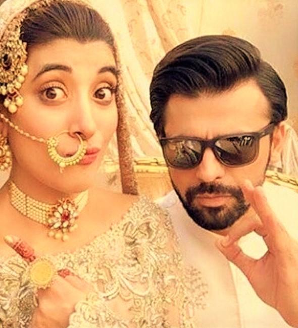 urwa hocane Pakistani Actresses Mehndi Dresses