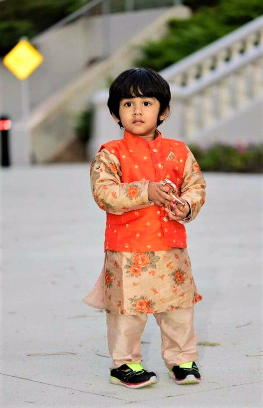 Mehndi Dresses design for baby boy