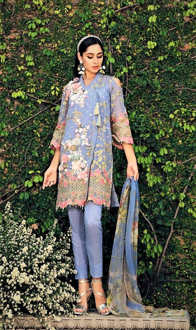 lawn Mehndi Dresses designs By Gul Ahmed