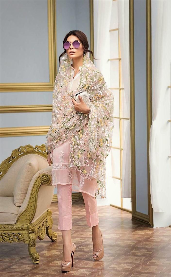 gul ahmed stylish mehndi dresses