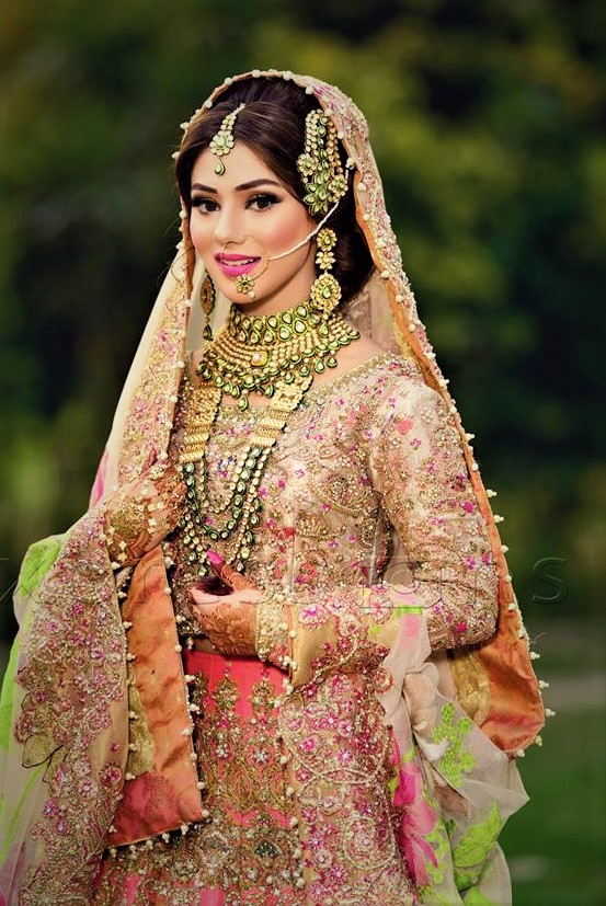 Best Wedding Party Mehndi Pakistani Dresses