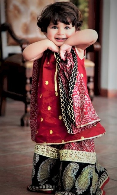 Mehndi Dresses for Child 2018