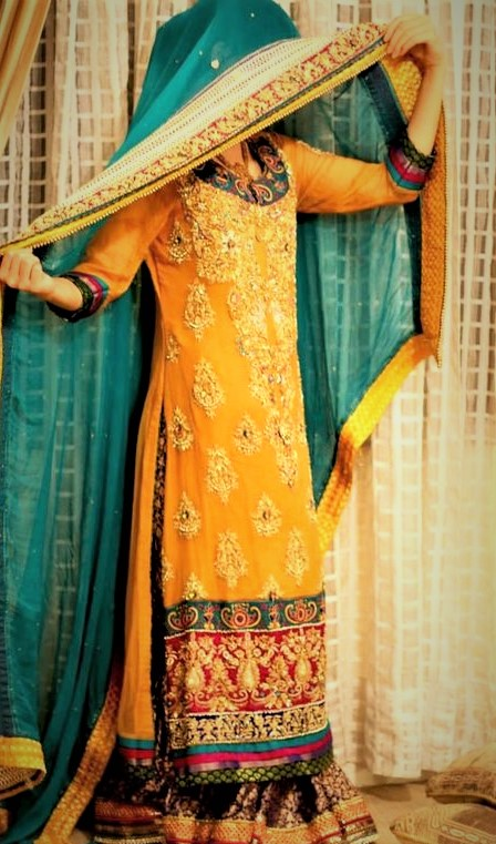 Simple Homemade Mehndi Dresses