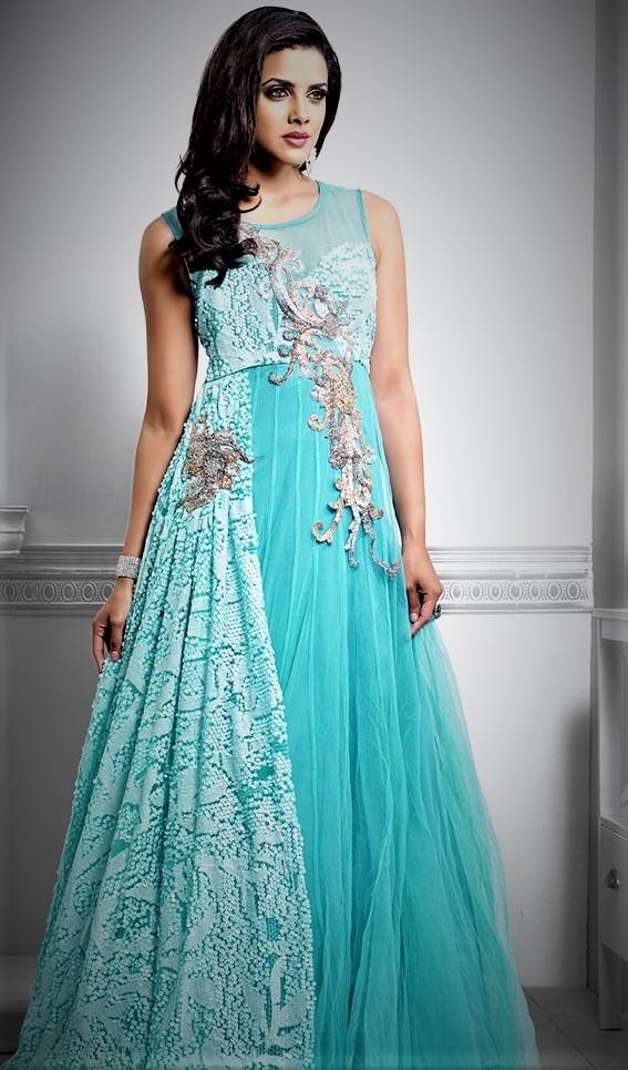 Best Mehndi Night Dresses for Brides