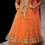 Mehndi Dresses in Orange Colour Contrasts for wedding