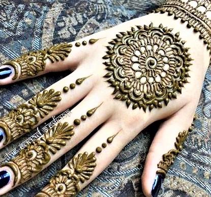 Beautiful Bunches of Mehndi Design