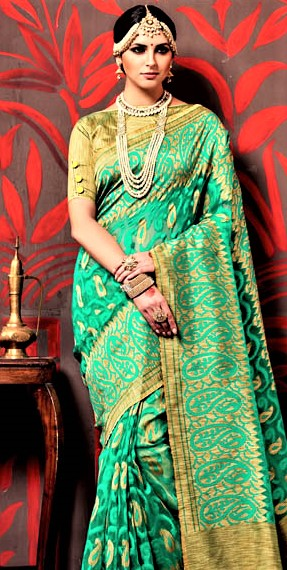 Green Saree for Mehndi Function on Wedding