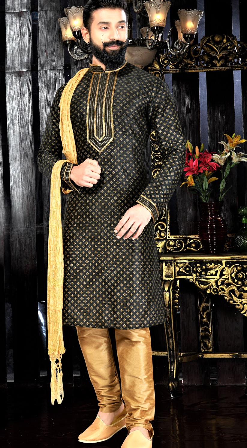Mehndi Kurta Design in Pakistan 2018 for Man