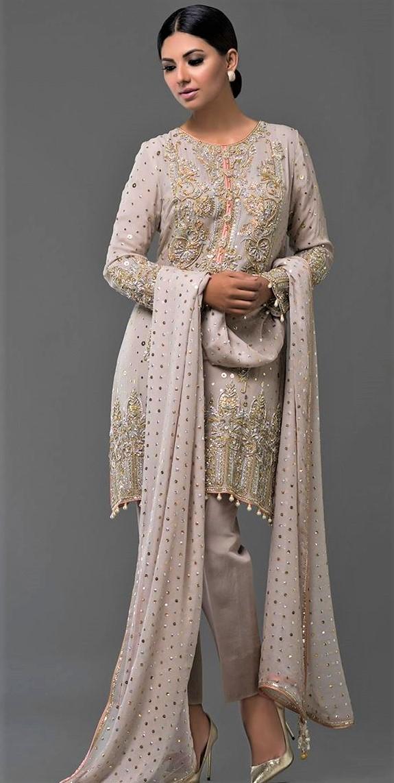 Nomi Ansari Mehndi Dresses 2018 » Mehndi Dresses