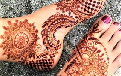 Mehndi Designs 2019 Foot » Mehndi Dresses