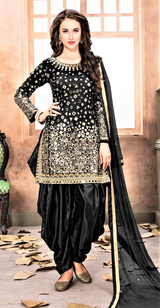 Mehndi Dresses Black Colour Punjabi Salwar Suit