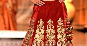 Mehndi Dresses Gota Patti Velvet Lehenga