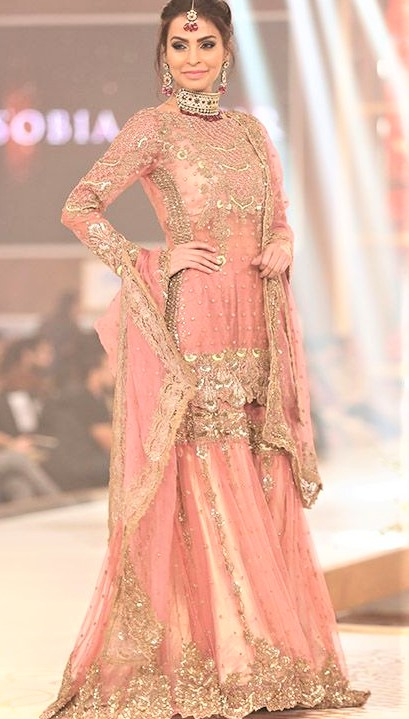 Mehndi Dresses: Latest Gota Patti Suits Designs