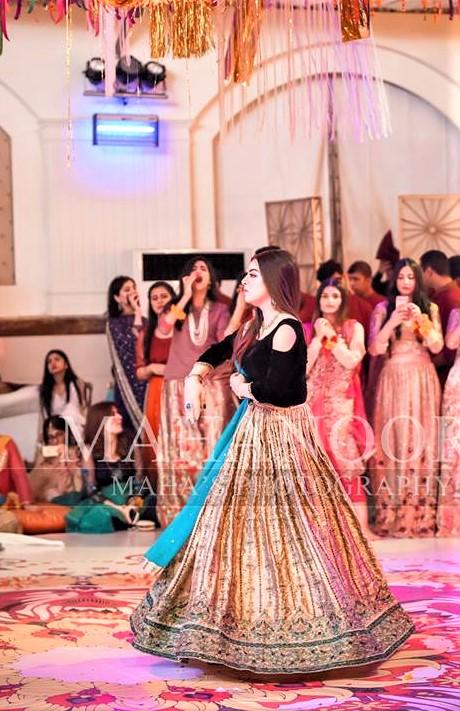 Mehndi Party Lehenga Design 2018 Pakistani