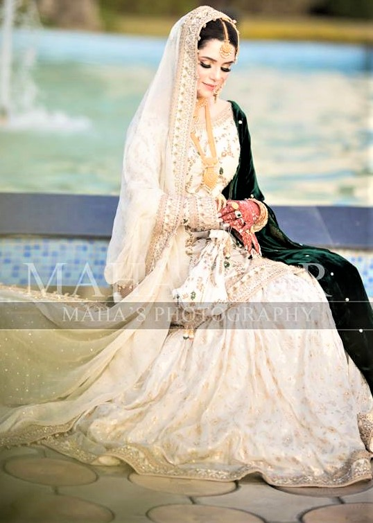 Mehndi outfits for guests 2019